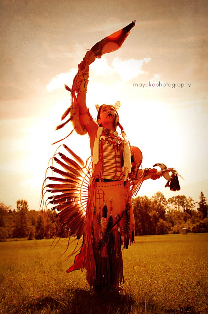 Danseur traditionnel Wendat ©Mayoke Photography - Blog Voyage Trace Ta Route