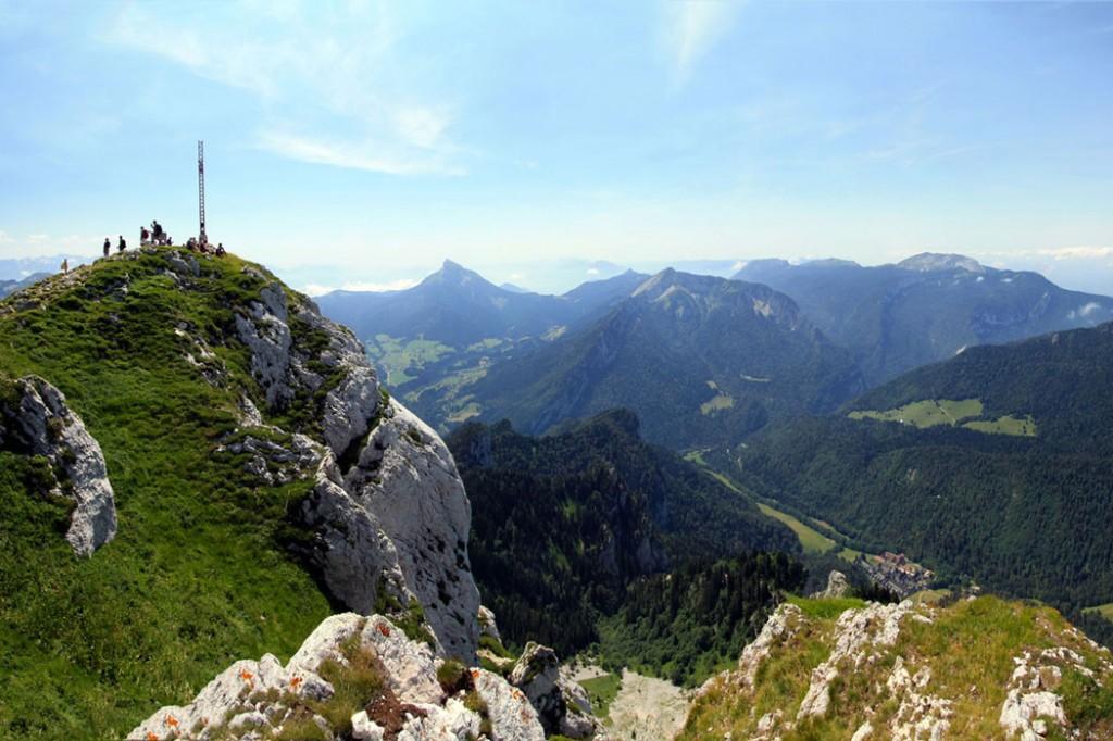 La Croix au sommet du Grand Som (2026m) Massif de la Chartreuse