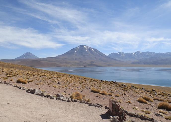 lagunas altiplanicas san pedro de atacama miscanti paysage montagne volcan blog voyage trace ta route