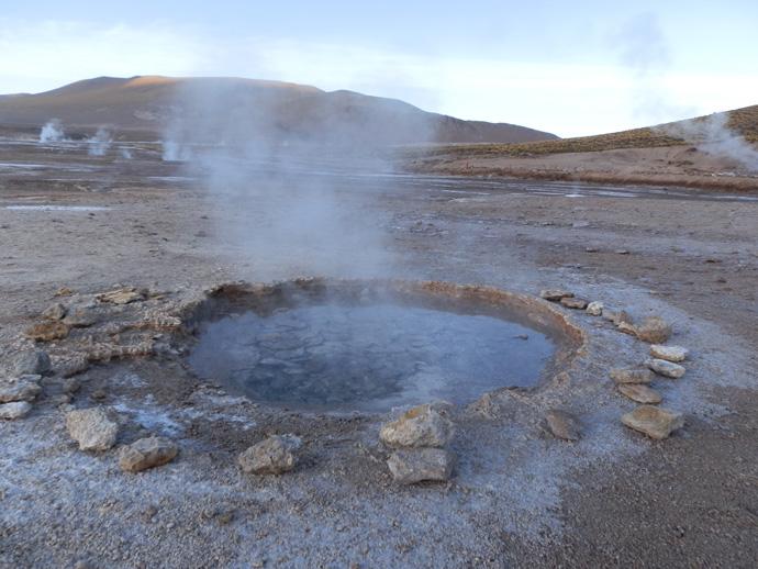 trou d'eau geysers el tatio san pedro de atacama blog voyage trace ta route