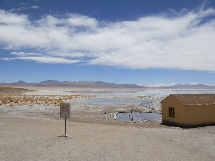 piscine eau thermale sud lipez uyuni bolivie blog voyage trace ta route
