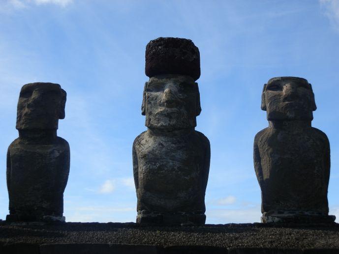 moais de l'île de pâques tongariki rapa nui blog voyage trace ta route