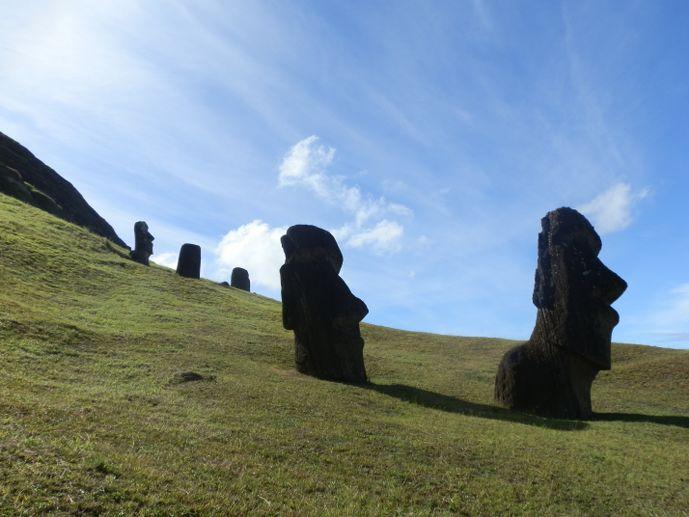 rano raraku moaï île de pâques blog voyage trace ta route