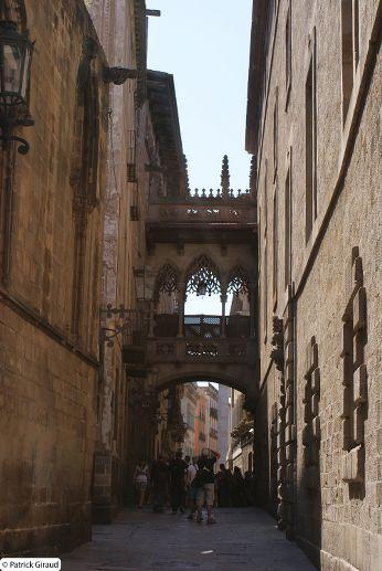 pont suspendu, à voir pendant une semaine à barcelone - blog voyage trace ta route
