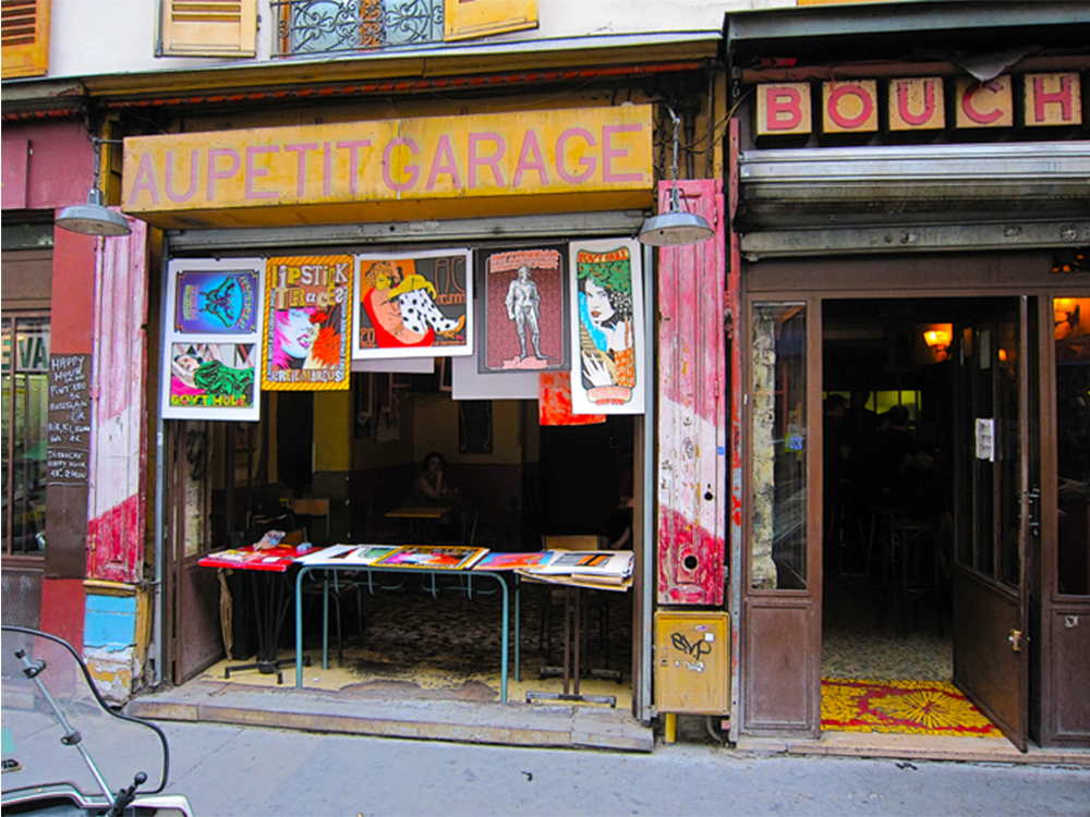 Au petit garage blog voyage trace ta route for Petit garage paris