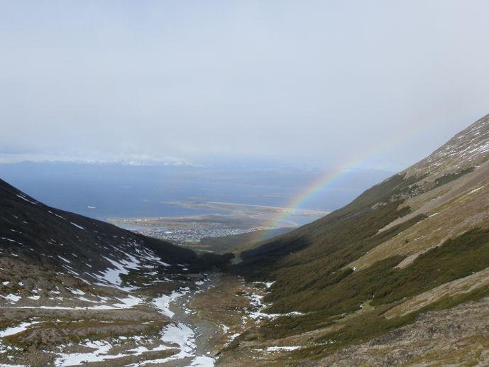 arc en ciel sur ushuaïa depuis le glacier martial blog voyage