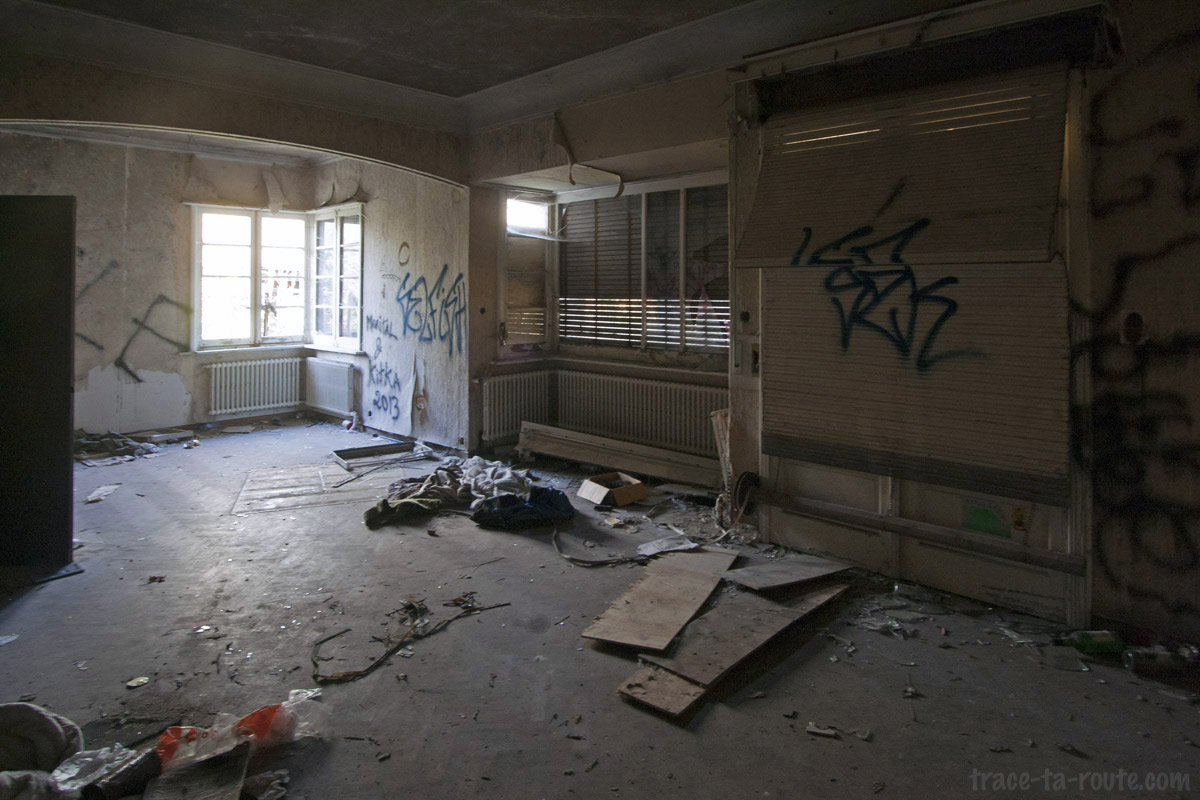 Urbex int rieur d 39 une maison abandonn e de doel blog for Photo d interieur de maison