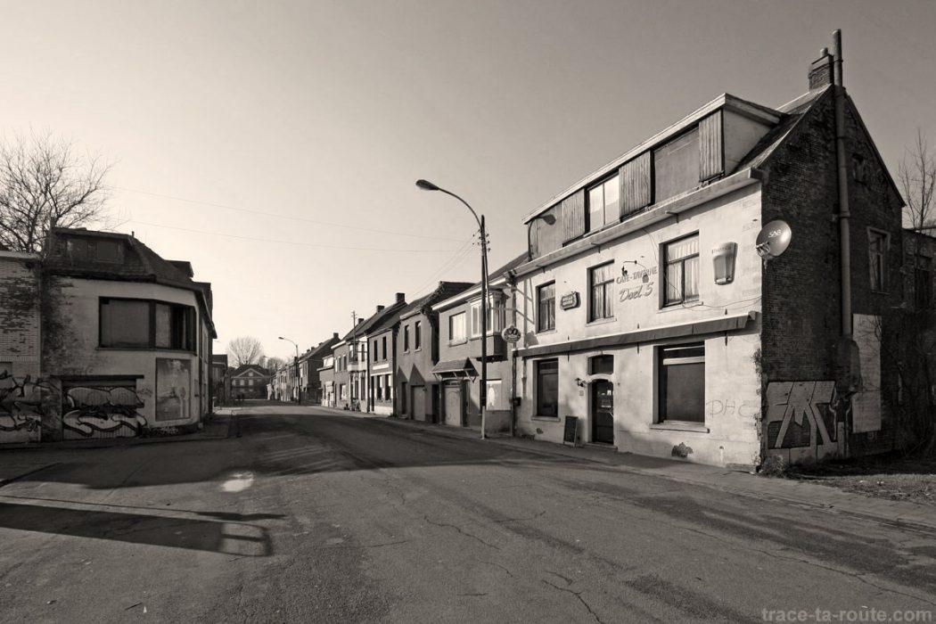 Urbex rue d serte et maisons abandonn es doel belgique blog voyage trac - Maisons abandonnees belgique ...
