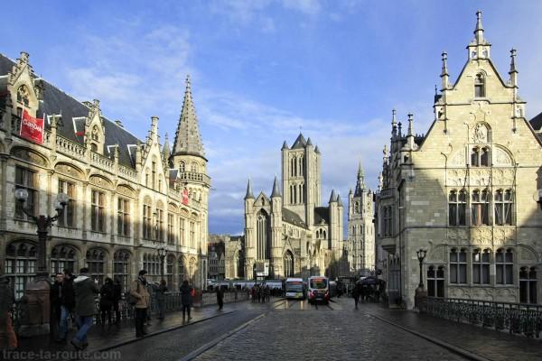 Ancien Bâtiment des Postes, Église Saint-Nicolas et le Beffroi de Gand, Belgique - Gent Belgium