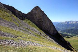 Dent dans la montée du pierrier du Mont Charvin