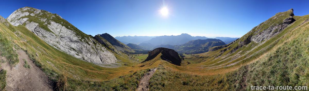 La Combe du Charvin depuis le Col des Porthets