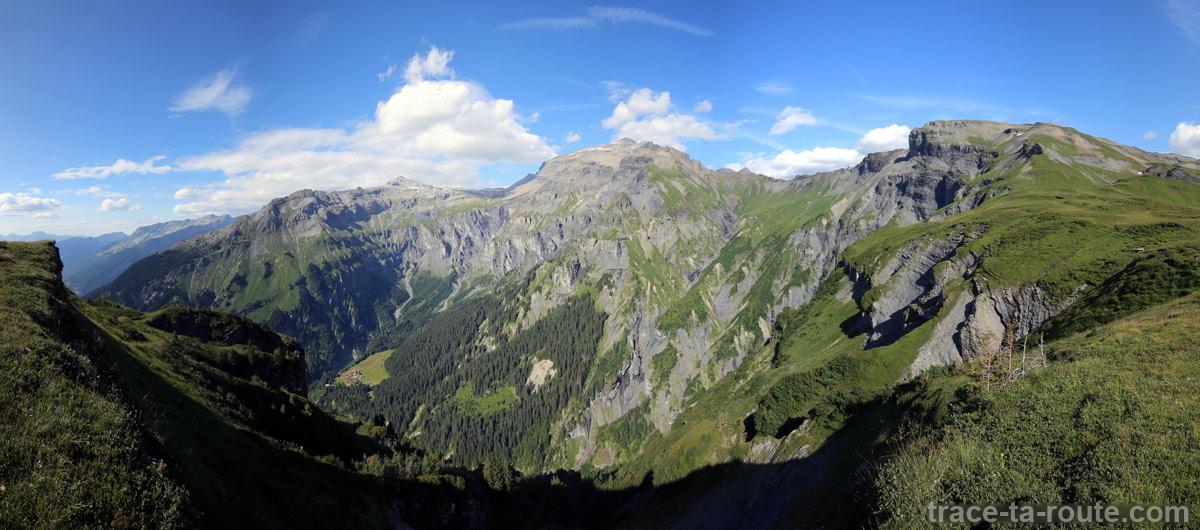 Le Cirque des Fonts et le Buet depuis le Petit Col d'Anterne