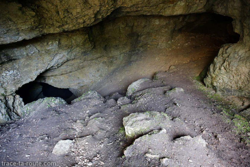 La Grotte de l'Enfer, au Parmelan