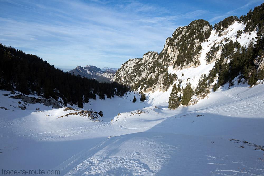 Le Col de Bovinant en hiver sous la neige - le Grand Som dans le Massif de la Chartreuse