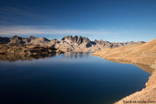 Le Lac Bramant avec les Aiguilles de l'Argentière en fond - Maurienne Savoie
