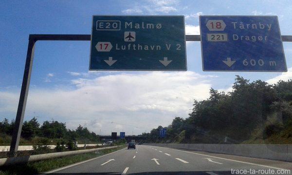 Itinéraire road trip Danemark Suède jusqu'à Malmö passant à côté de l'aéroport de Copenhague par le pont Öresundsbron traversant sur le détroit Öresund