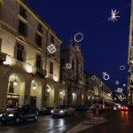 Illuminations de Noël sur la Via Po de Turin en hiver - Giulio PAOLINI - Palomar (1998) Luci d'Artista