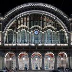 Gare Porta Nuova de Turin - façade éclairée de nuit