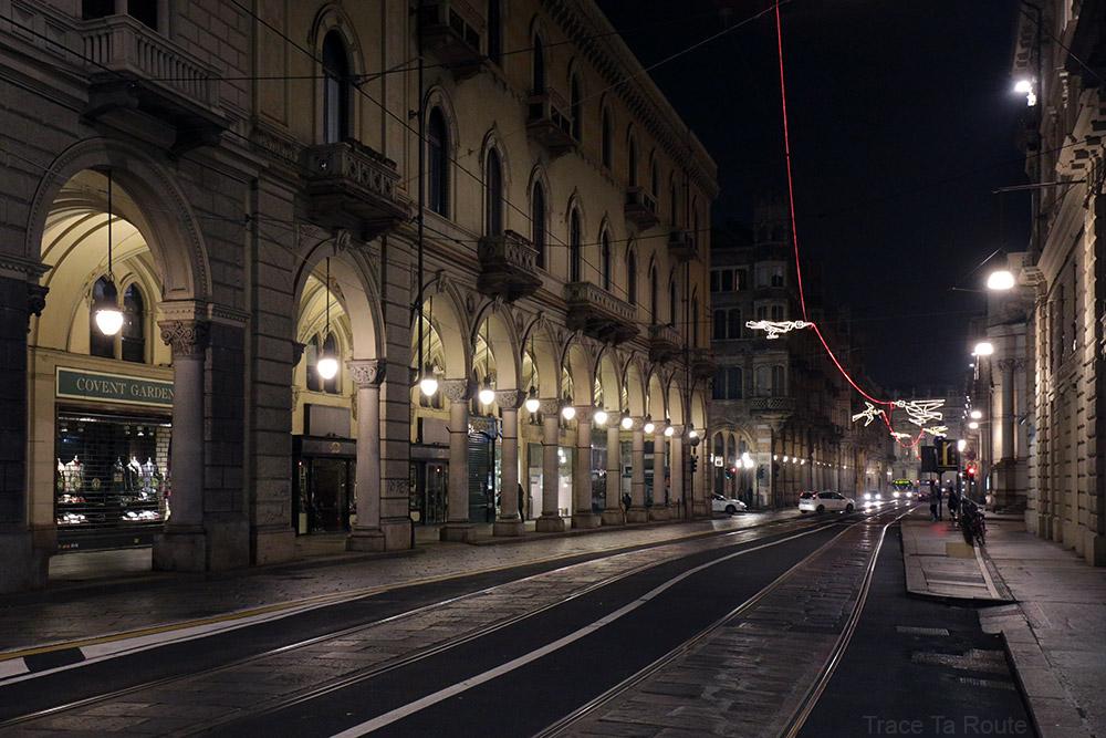Via Pietro Micca de Turin - Volo su... (Francesco CASORATI) - Luci d'artista Torino