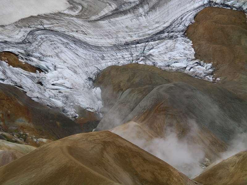 Montagnes rhyolithes de Kerlingarfjöll en Islande © Laurent Deschodt