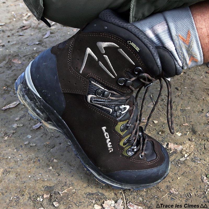Test chaussures de randonnée LOWA Ticam II GTX flexion tige haute cheville