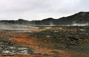 Champ de lave à Leirhnjúkur en Islande © justraveling.com