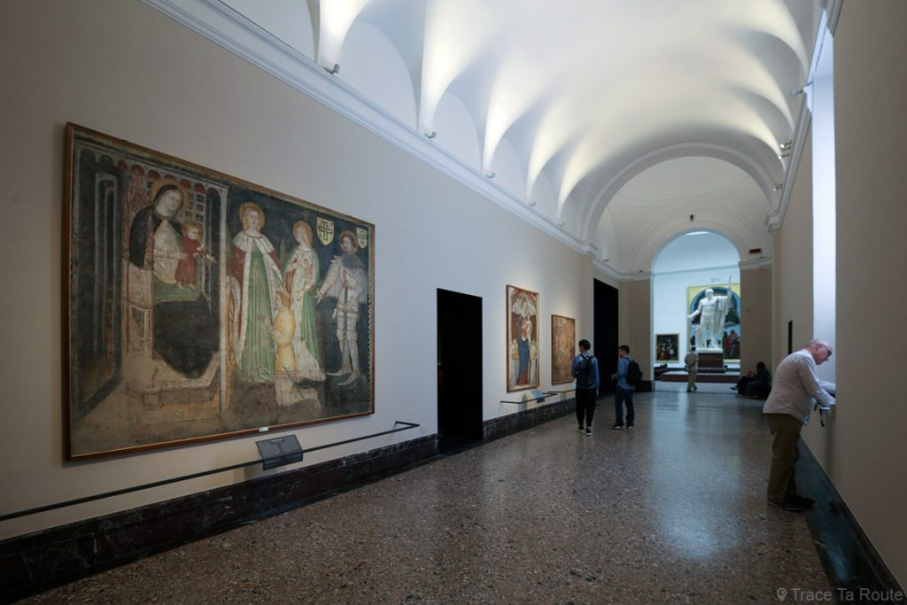 Salle exposition Musée Pinacothèque de Brera de Milan - fresques