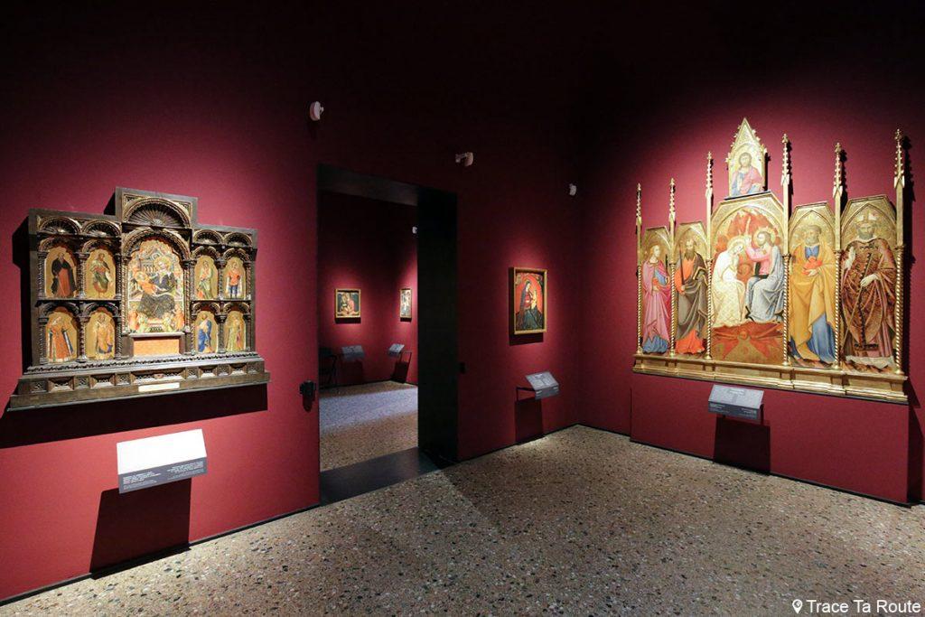 Salle exposition Musée Pinacothèque de Brera de Milan - retables