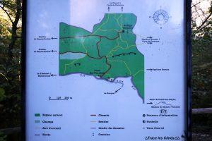 Itinéraires randonnée Montagne Sainte-Victoire - Panneaux Parking de l'En Chois