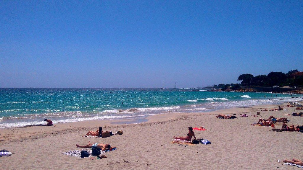 Corse-Ajaccio-plage-de-barbicaja
