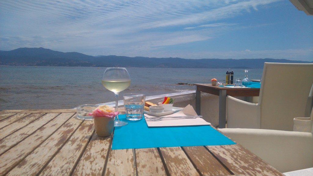 Corse-Ajaccio-restaurant-le-cabanon-bleu-cours-lucien-bonaparte