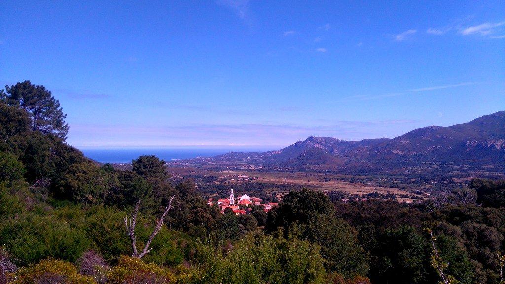 Corse-mareemonti-calenzana-etape-1-dernier-village