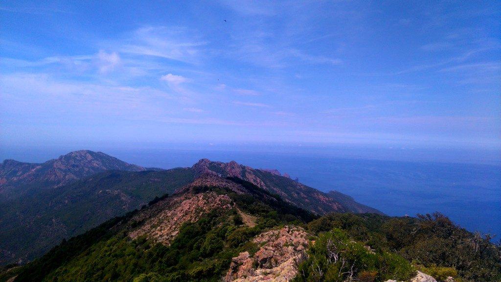 Sur la crête de Lucciu, vue sur la baie de Girolata, Tra Mare e Monti, randonnée, Corse