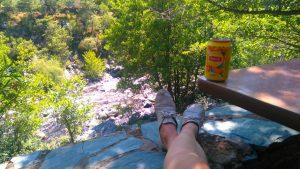 Le gîte Alzelli de Tuarelli, au dessus de la rivière du Fango, étape de la randonnée Mare E Monti en Corse