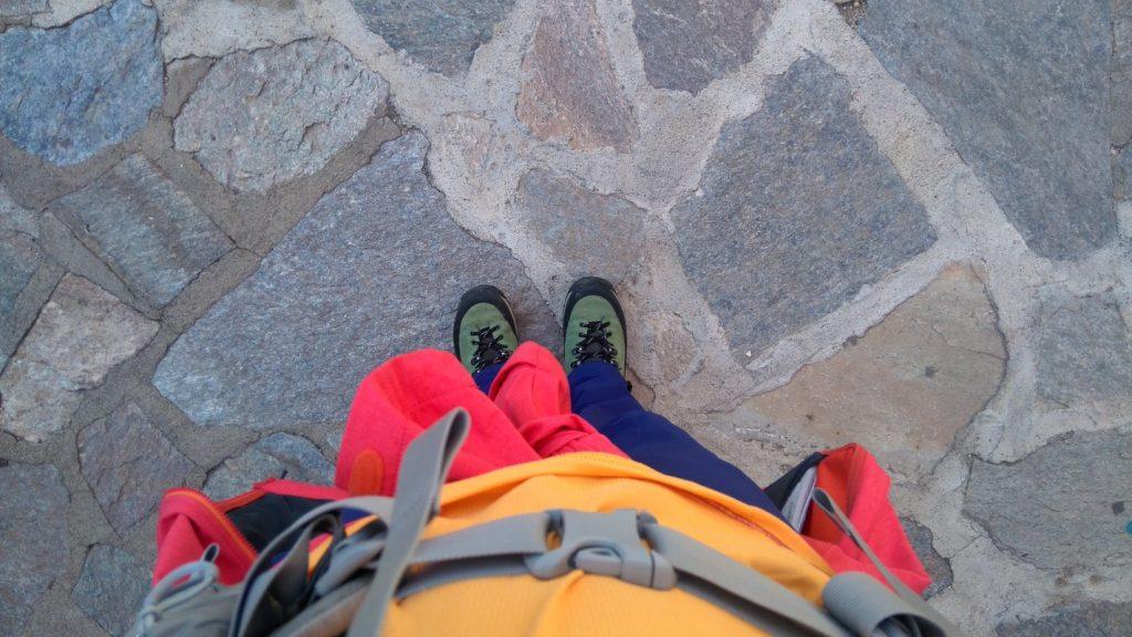 Equipement pour la randonnée du Mare E Monti Nord en Corse de Calenzana à Cargèse, chaussure Meindl, pantalon Millet