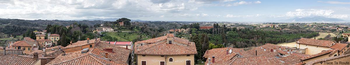 Panorama sur les collines de Toscane depuis le Château de Lari, Castello dei Vicari (Valdera, Italie)