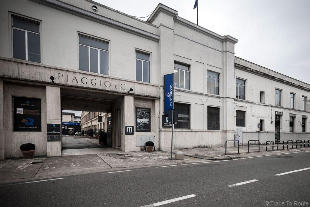 Bâtiment usine Piaggio museo à Pontedera (Valdera, Toscane, Italie)