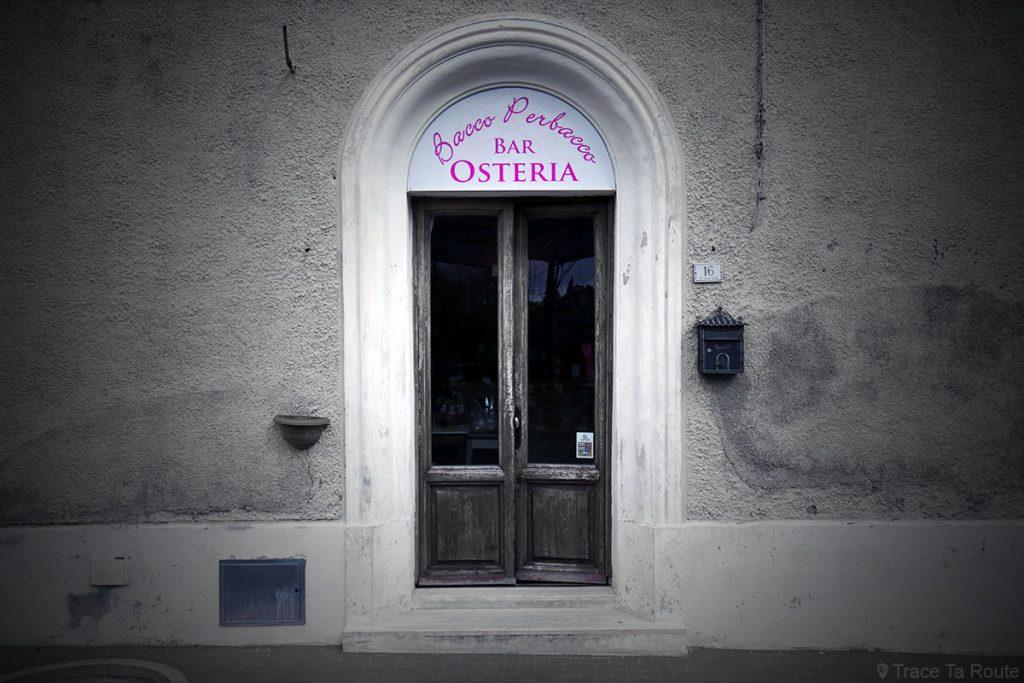 Restaurant Bar Osteria Bacco Perbacco, Boschi de Lari (Valdera, Toscane, Italie)