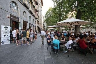 Happy hour aperitivo - Terrasse du Bar Bhangrabar de Milan, Corso Sempione