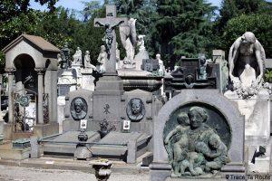 Tombes et stèles - Cimetière Monumental de Milan