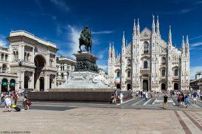 La Piazza del Duomo de Milan : la Galleria Vittorio Emanuele II, la sculpture statue équestre de Vittorio Emmanuele II et la façade de la Cathédrale de Milan - Duomo Milano © L'Oeil d'Édouard