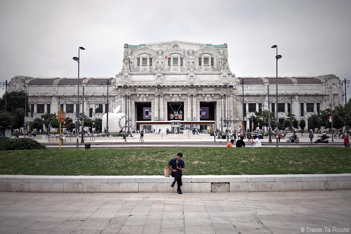 Gare Centrale de Milan, Piazza Duca d'Aosta