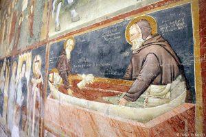 Fresques graffitis mur intérieur Nef de la Basilique San Zeno de Vérone - Basilica San Zeno Maggiore di Verona