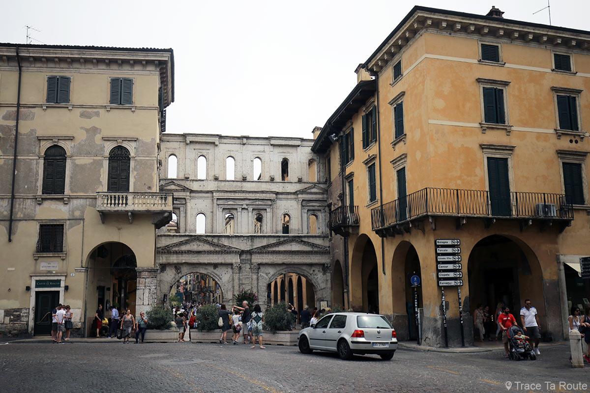 Vérone Porte médiévale - Porta dei Borsari Verona Corso Cavour