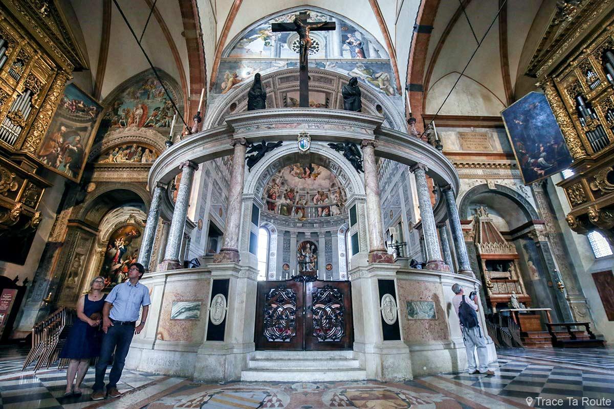 Choeur Cathédrale Santa Maria Matricolare de Vérone - Intérieur Duomo di Verona