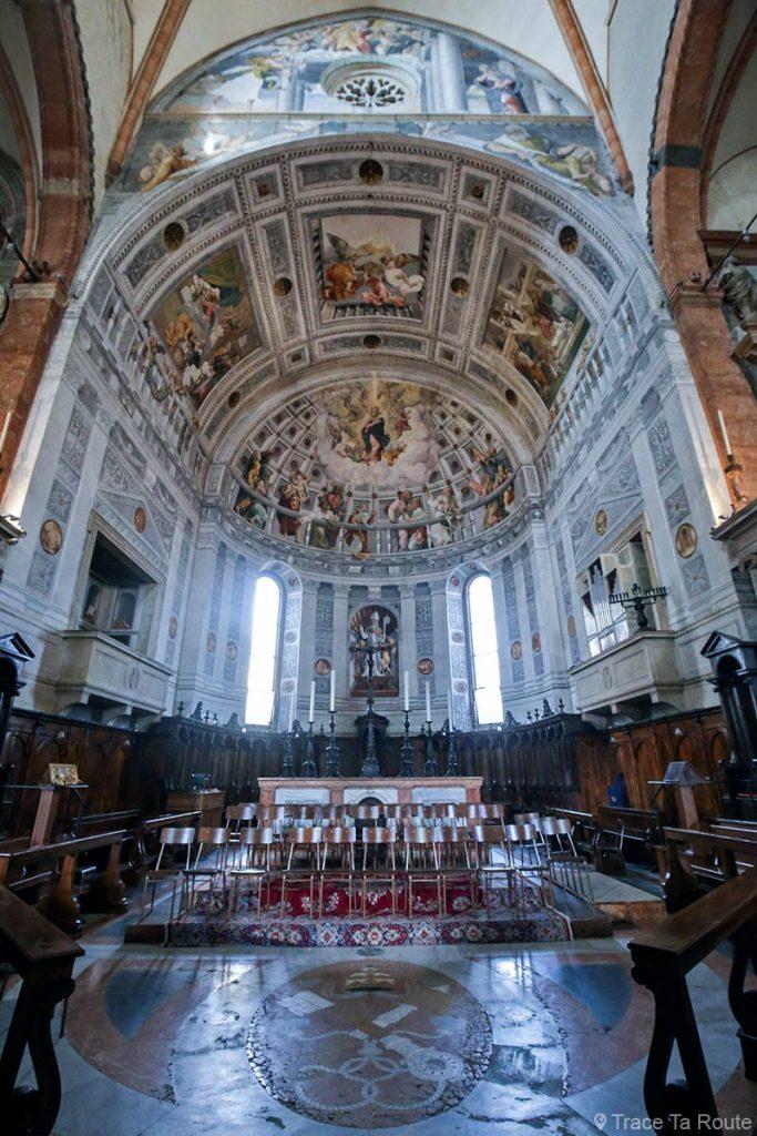 Intérieur Abside et Autel Cathédrale Santa Maria Matricolare de Vérone - Duomo di Verona