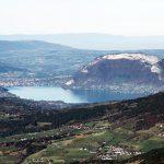 Le Lac d'Annecy et le Mont Veyrier, vue au sommet du Mont Colombier, Massif des Bauges Savoie