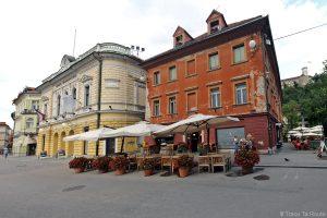 Pizzerija Dvor, Parc Zvezda, Kongresni Trg, Ljubljana, Slovénie