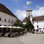Cour intérieure et Tour de Guet du Château Ljubljana Grad, Slovénie