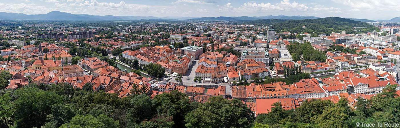 Vue panoramique sur Ljubljana depuis la Tour de Guet du Château Ljubljana Grad, Slovénie